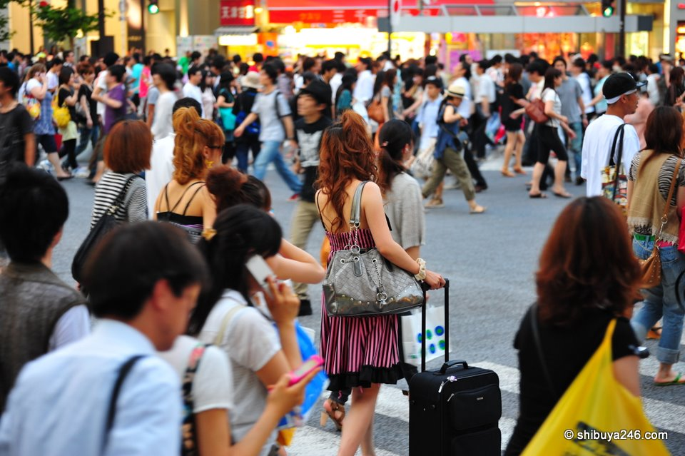 Plenty of fashions at this busy Shibuya scramble crossing