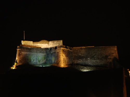 Fort Charlemont in Givet, night-lit...