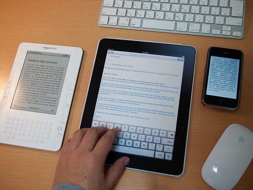 iPad iPhone kindle