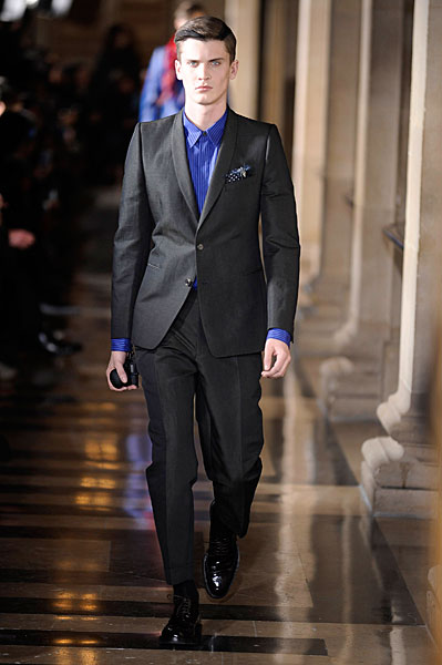 William Eustace3034_FW10_Paris_Dries Van Noten(nikestav10@mh)