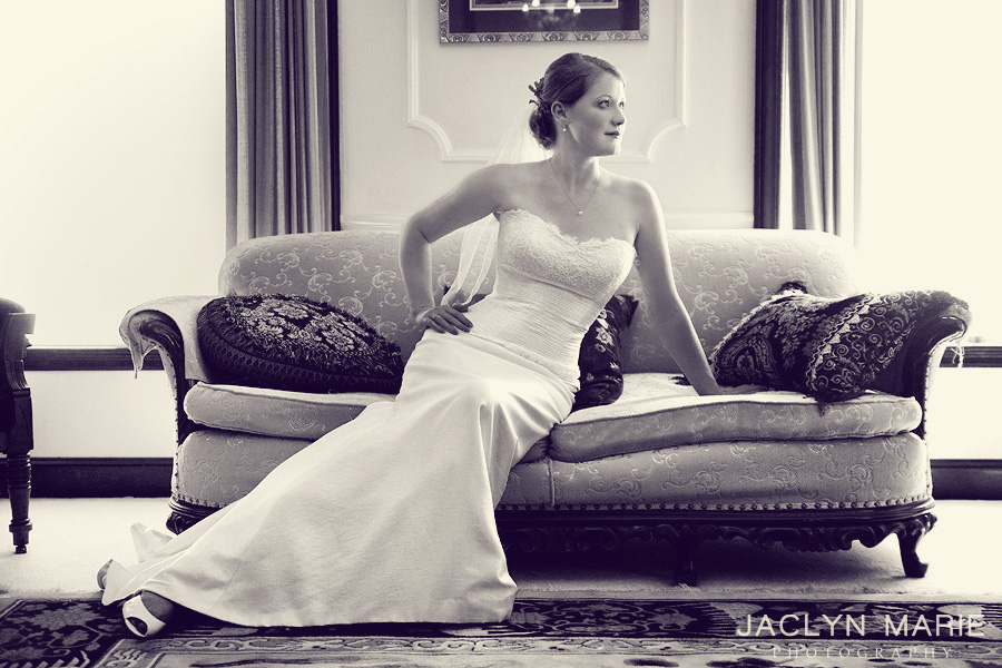 Wichita, Kansas glamorous bride portrait photo