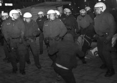 Demonstration gegen den WKR- Ball 2010