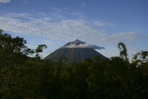 Un volcan en passant... à Florès