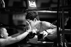 WAKE me UP!!! (Noor +) Tags: boy man men sport project thailand fight asia flickr box bangkok w hard thalande thai asie concept 20 boxing combat pays muay 2009 stade noor homme boxe muaythai thailande lieux thaiboxing autre ratchadamnoen lieu thalandaise thaland boxeur endroit boxinf muaytha
