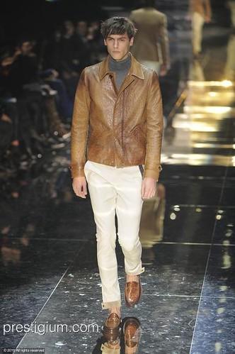 Mathias Bergh3096_FW10_Milan_Gucci(prestigium com)