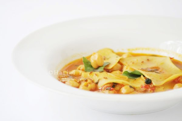 Pasta chickpea subzi or soup