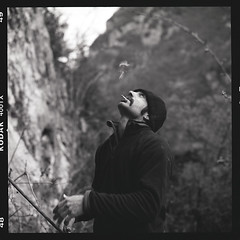 ... (Laurent Filoche) Tags: france hasselblad rockclimbing 500cm arige kodaktrix400 cheechmarin pascalperez bonzography alliat