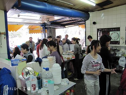 開元土魠魚羹店內