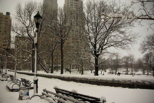 Snow on Riverside Park in NYC