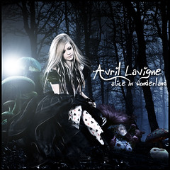 Avril Lavigne-Alice in wonderland (D. ALBERTO T. R.) Tags: alice wonderland avril evanescence blend lavigne pohotoshop paramore betow