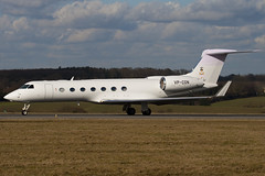 VP-CGN - 5149 - Private - Gulfstream G550 - Luton - 100301 - Steven Gray - IMG_7620