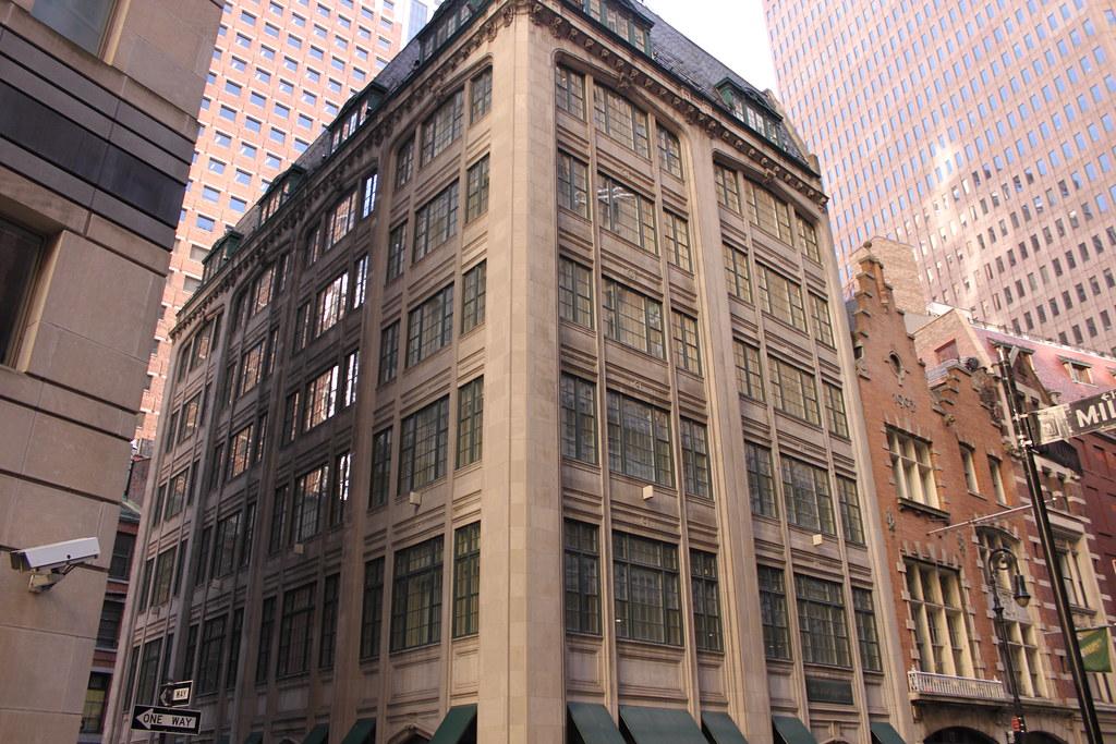 The Wall Street Inn (9 South William Street)