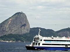 da Baia de Guanabara (Suelen Bastos) Tags: brasil riodejaneiro podeaucar baiadeguanabara barcassa