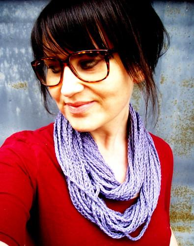 softspoken chain scarf in grey