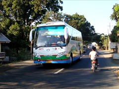 Dominion Bus Lines 8076 (leszee) Tags: bus lines dominion bantay ilocossur nationalroad kinglong 8076 puspus dominionbuslines mencorp kinglongxmq6111y