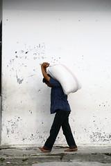Parapat _0006 (Reasonable Jim) Tags: lake wall sumatra indonesia asia fave barefoot sack carry toba danau laketoba ijl parapat danautoba
