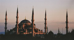 the blue mosquee is red at the sunset (omnia_mutantur) Tags: sunset pordosol turkey tramonto islam religion towers istanbul cupola dome mosquee minarets torri turchia religione minareti moscheablu bluemosquee ultimateshot
