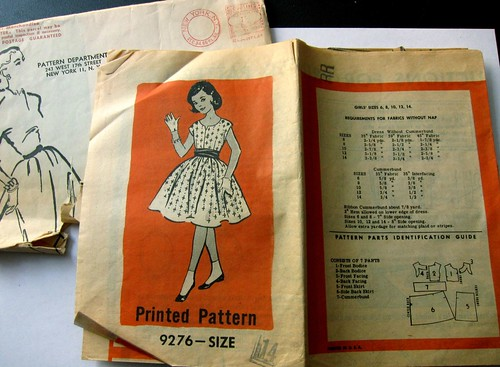 Vintage Mail Order Printed Pattern 9276 Girl's Dress