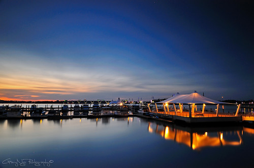 Quiet Pier (328 sec)