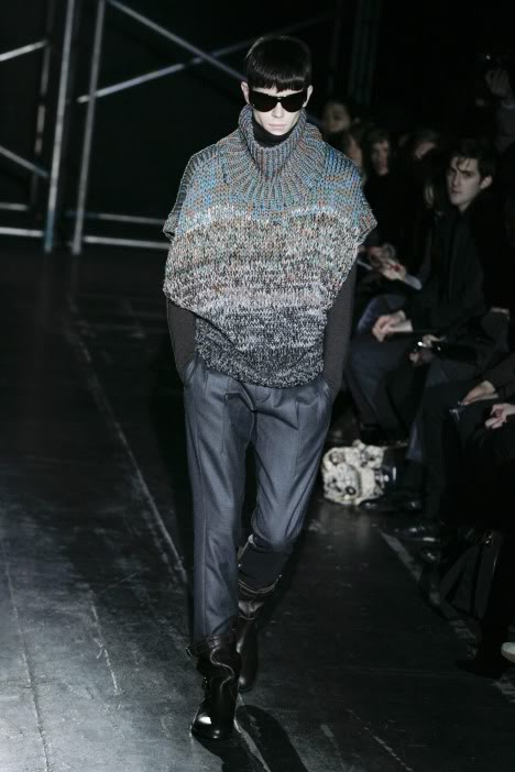 Jeremy Young2032_FW09_Paris_Juun J(lizzylily@mh)