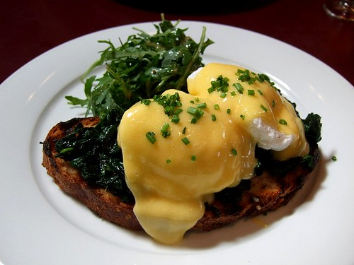 Draft House eggs benedict 1