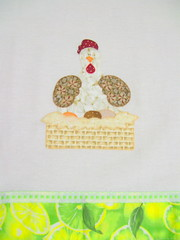 Pano de Prato Decorativo - Galinha no ninho (Juntando linhas e trapos) Tags: de casa galinha ninho pano patchwork decorao prato cozinha presente ovos enxoval
