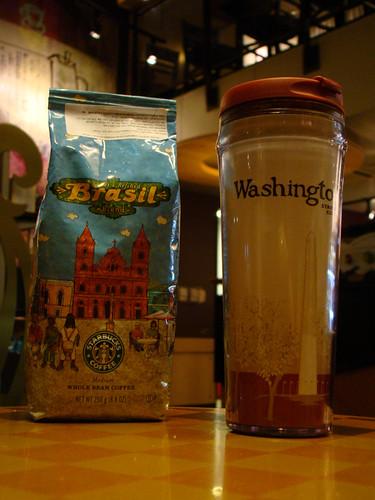 Café + tumbler da @anacavagnoli