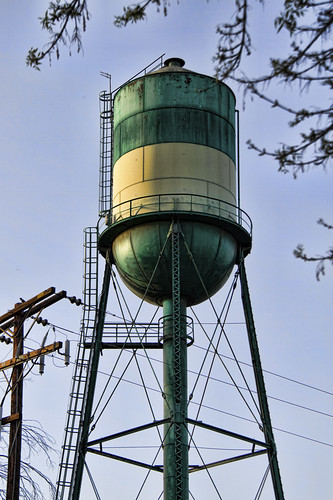 Downey water tower