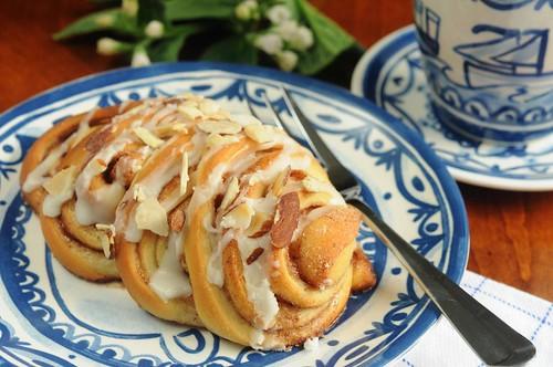 Almond Fans - A Sweet Yeast Roll.
