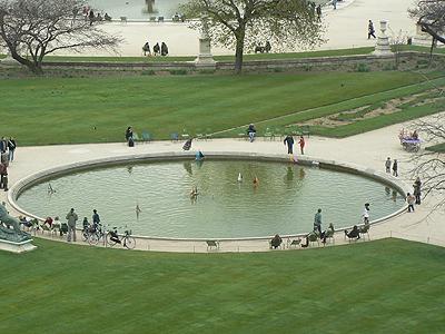 bassin aux bateaux.jpg