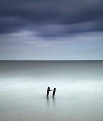 Ladder (Andy Brown (mrbuk1)) Tags: ocean longexposure blue light sky cloud seascape blur horizontal composition ink twins mood horizon central peaceful atmosphere calm line devon holdinghands halves rung simple minimalist tranquil dreamscape shimmer symbolism philosophical dawlish neutraldensity nd110 5d2 artofimages bestcapturesaoi elitegalleryaoi
