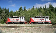Vancouver Island 301 GMD SW1200RS &  # 304 EMD SW1200u (Pacific11) Tags: railroad vancouver island cove railway railyard telegraph englewood 301 304 emd gmd sw1200rs sw1200u