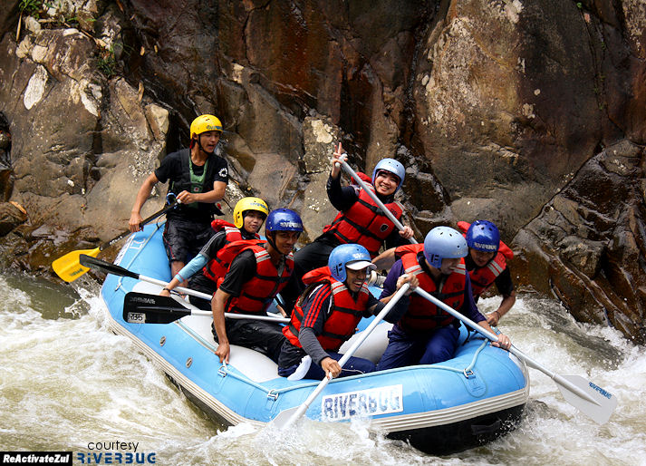 White Water-Rafting @ Sungai Kampar. Rafter-pro: Ari