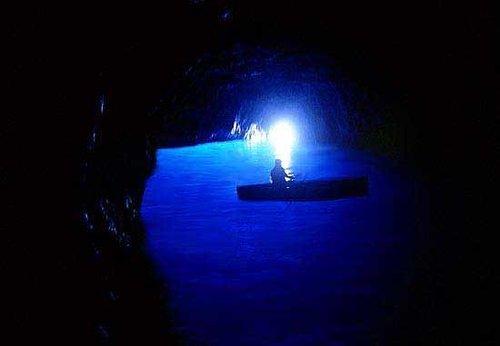 義大利藍洞