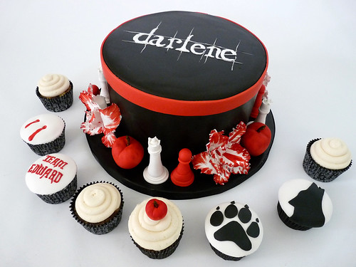 twilight cake 3