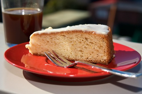 What Kind Of Icing Is Good On Lemon Cake