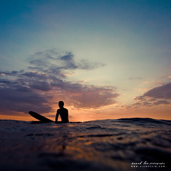 kohanaiki (SARA LEE) Tags: ocean boy sunset man water silhouette hawaii surf sundown dusk surfer lifestyle peaceful surfing longboard hawaiian hawaiiansunset bigisland simple pinetrees kona derekm sarahlee legothenego kohanaiki vivantvie
