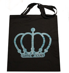 QOS Cotton bag. It's donate bag from Queens & Kings