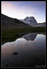 Riflessioni #2 (Daniele Faieta) Tags: park pink parco mountain lake reflection lago tramonto dusk rosa montagna riflesso gransasso riflessione cornogrande pietranzoni