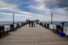 Llandudno, the pier (rafpas82) Tags: wales galles uk regnounito pier pontile sera evening nuvole clouds persone simmetria nikond7000 1770sigma 1770sigmacontemporary 1770 d7000