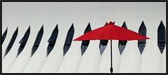 """Le Havre """" Style """" - (diaph76) Tags: france normandie seinemaritime lehavre ville city architecture parasol beachumbrella rouge red graphisme graphic extérieur"""