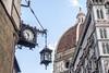 L'ora a Firenze (ipomar47) Tags: firenza florencia italia pentax k20d reloj clock lamppost streetlight streetlamp ruby5 ruby10 ruby15