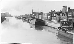 Hoogkerk 1963 nu Groningen (Kiekert) Tags: houses water boat groningen 1963 hoogkerk