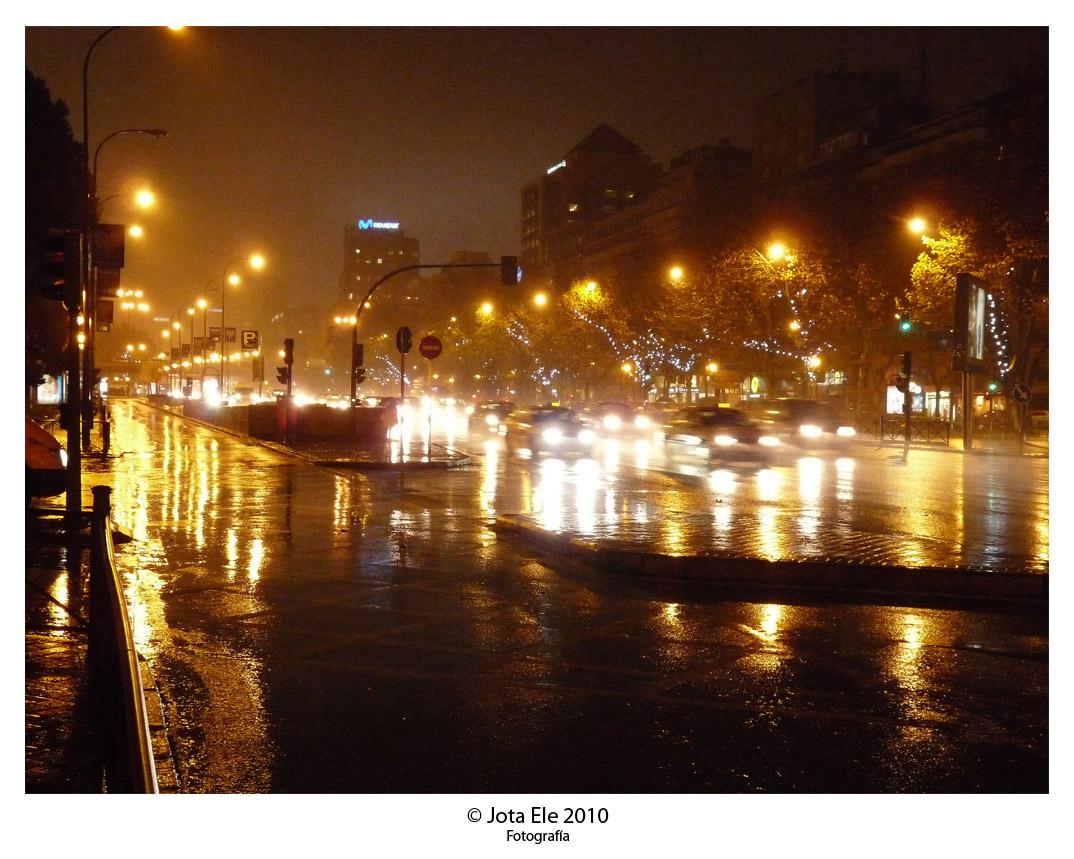 Noche, lluvia y niebla I