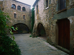 Monells   -    Girona (T.B.O.) Tags: monells