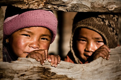Nepalese children (m'sieur rico) Tags: nepal people children village enfants nepalese nepali nepalais