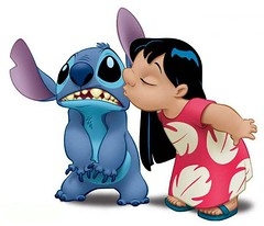 Lilo kissing Stitch