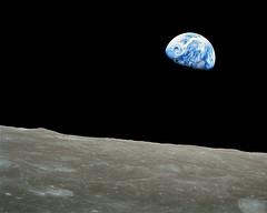 Earthrise 1280 x 1024