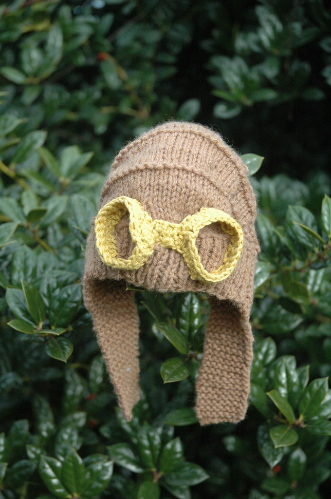 Patterns For Knitted Dog Coats : steampunk-inspired baby hat KnitHacker