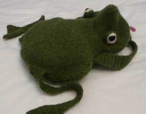 Frog toy bag for Eva